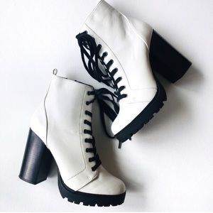 Steve Madden Laurie chunky lace up boots Sz 9.5